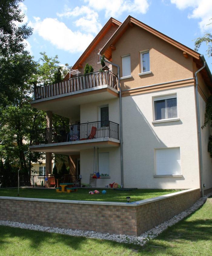 2009-2010 Budapest XIV. ker., Kerékgyártó u. 97. sz.- társasház