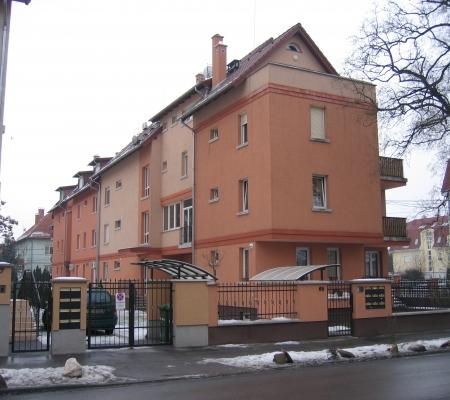 2004-2005 Budapest XIV. ker., Telepes u 65. sz. – 9 lakásos társasház